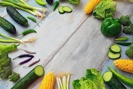 What foods improve eyesight naturally?